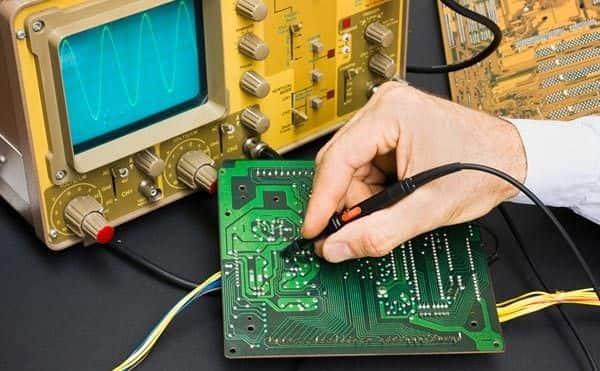 fannibargh2-min با یادگیری چه رشته های برق و الکترونیک می توان سریع وارد بازار کار برق شد؟