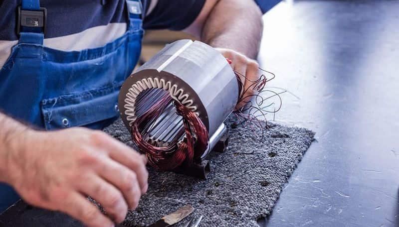 fannibargh3-min با یادگیری چه رشته های برق و الکترونیک می توان سریع وارد بازار کار برق شد؟